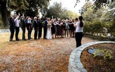 Handy weg bei der Hochzeit – Gäste sollen genießen, Fotografen fotografieren